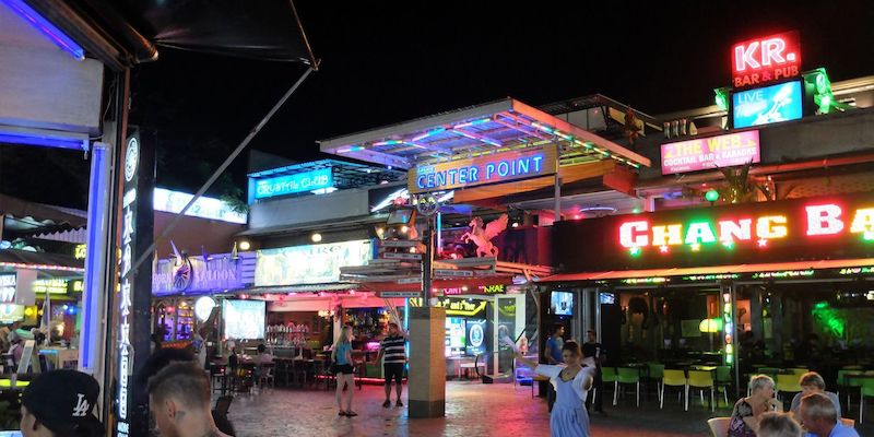 ao nang beach nightlife (soi rca)